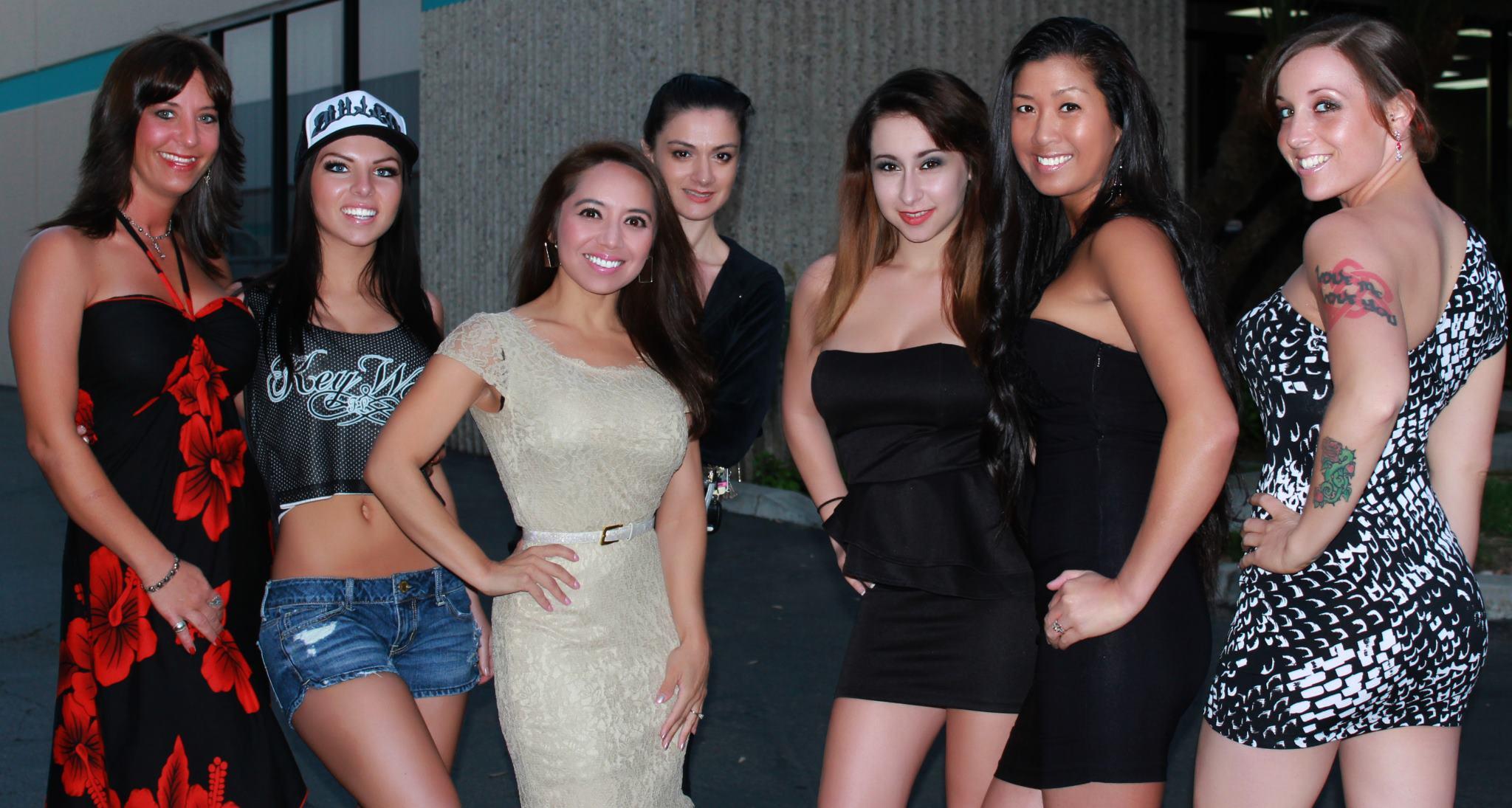 Erotic girls hypnotized